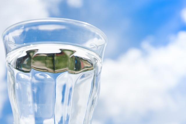 水を飲むのは毎日の事